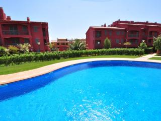 3 bedroom Condo with Shared Outdoor Pool in Calafat - Calafat vacation rentals