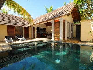 Villa Oasis 8 private pool luxury villa grand baie - Pereybere vacation rentals