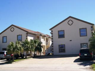 Mar y Sol - 2-3 minute walk to beach access, Pool - Port Isabel vacation rentals
