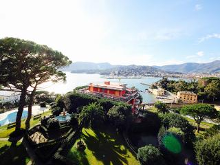 TIMONE 3BR-pool&sea view by KlabHouse - Rapallo vacation rentals