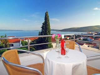 Cozy 1 bedroom Seget Vranjica Apartment with Internet Access - Seget Vranjica vacation rentals
