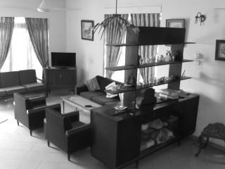 Ottery Inn - Colombo vacation rentals