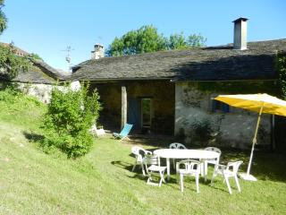 3 bedroom House with Internet Access in Montredon-Labessonnie - Montredon-Labessonnie vacation rentals