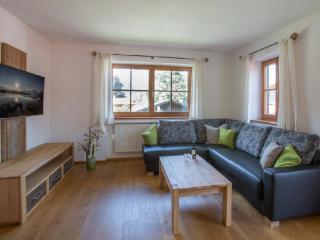 Vacation Apartment in Oberammergau - 1292 sqft, exclusively furnished, alpine, modern (# 7338) - Oberammergau vacation rentals