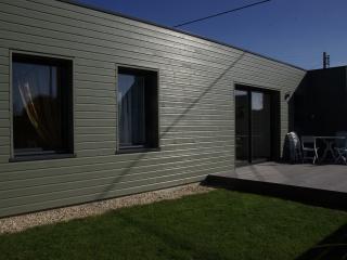 Gite dans maison d'architecte à structure en bois. - Penmarch vacation rentals