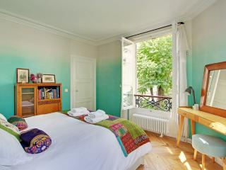 Paris Chic- one bedroom stylish apartment - Paris vacation rentals