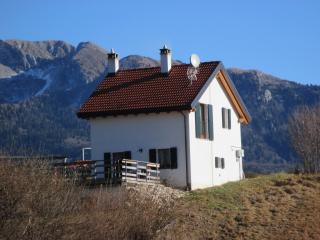 Nice Gite with Internet Access and Hot Tub - Tambre vacation rentals