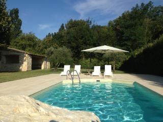 Authentique Drome Provencale Farm House - La Begude-de-Mazenc vacation rentals