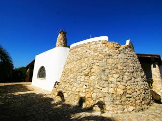 Perfect Trullo with Television and Microwave - Racale vacation rentals