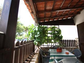 Bright 4 bedroom Vacation Rental in Taviano - Taviano vacation rentals