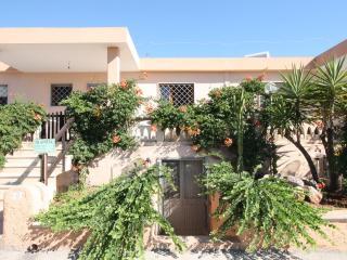 Beautiful 2 bedroom House in Marina di Mancaversa - Marina di Mancaversa vacation rentals