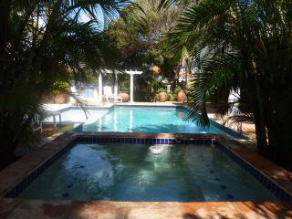 Beautiful Villa with lots of privacy - Paradera vacation rentals