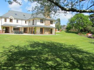 Higher Gitcombe Luxury 5 Star Boutique Cream Suite - Cornworthy vacation rentals