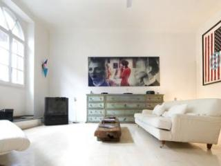 Suite Rondinelli - Florence vacation rentals