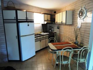 2 bedroom Condo with A/C in Higuerote - Higuerote vacation rentals