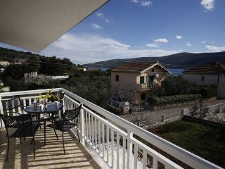 Apartment Vila 4+2 - Marina vacation rentals