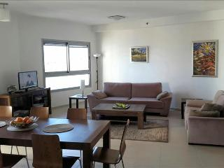 Beautiful Condo with views of sea and nature reserve, Ir Yamim - NY01 - Netanya vacation rentals