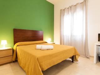 Modernly furnished apartment in very nice position - Trapani vacation rentals