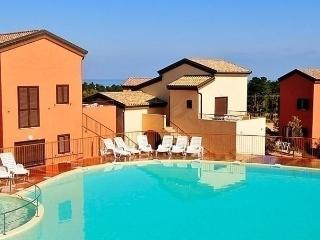 Sunny 2 bedroom Condo in Belgodere - Belgodere vacation rentals