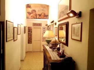 San Cosimato House Wi-Fi - Rome vacation rentals