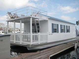 40 Foot Houseboat - Downtown Providence - Providence vacation rentals