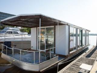 42 Foot MetroShip Houseboat - Downtown Providence - Providence vacation rentals