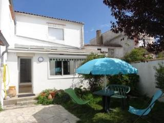 Nice House with Television and Fireplace - Loix vacation rentals