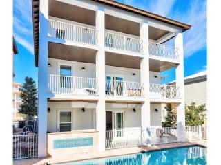 Calypso: 9 Bdrm, Sleeps 28, Private Pool & Hot Tub - Destin vacation rentals