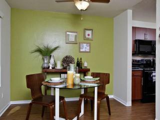 Furnished 1-Bedroom Apartment at Professional Center Pkwy & Channing Way San Rafael - San Rafael vacation rentals