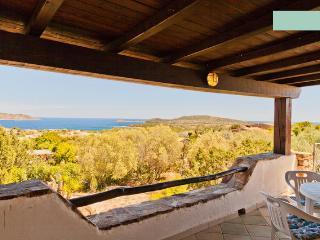 Sardegna: Appartamento a Calaginepro vista mare - Monte Petrosu vacation rentals
