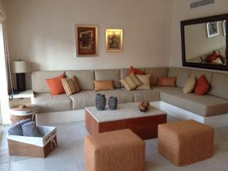 Beautiful Villa at Acapulco Princess Golf Course - El Marques vacation rentals