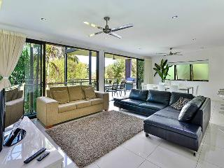 Convenient 3 bedroom Apartment in Hamilton Island - Hamilton Island vacation rentals