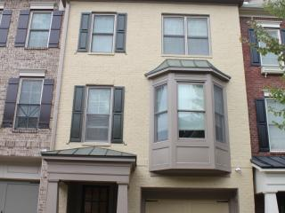Luxury 3 Level Townhome (Gated with Swim/Tennis) - Atlanta vacation rentals