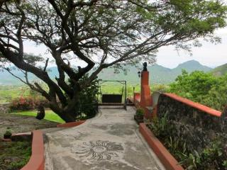 Nice 4 bedroom House in Tepoztlan - Tepoztlan vacation rentals