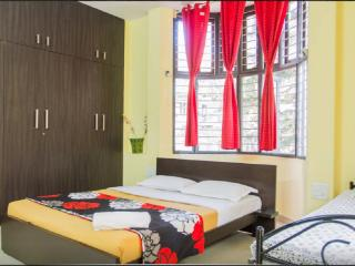Trendy & large room in cozy B&B -2 - Bangalore vacation rentals