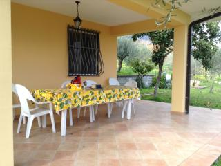 Anna's Cottage,in the country near Rome andNeaples - Spigno Saturnia vacation rentals