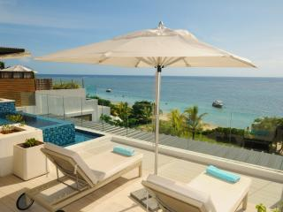 Nice 2 bedroom Penthouse in Flic En Flac - Flic En Flac vacation rentals