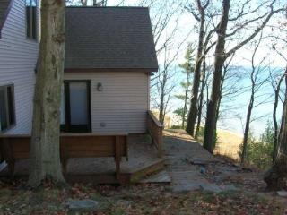 2 bedroom House with Deck in Coloma - Coloma vacation rentals
