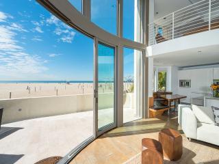 3 bedroom Villa with Internet Access in Santa Monica - Santa Monica vacation rentals