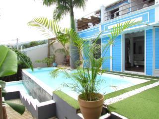 Grande Villa au Charme créole et sa belle vue mer - Bois de Nefles vacation rentals