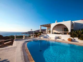 4 bedroom Villa with Internet Access in Ornos - Ornos vacation rentals
