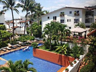 Condo Shannon 2 1/2 block to the beach - Puerto Vallarta vacation rentals