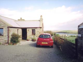 Romantic Cottage with Wireless Internet and Parking in Burray Village - Burray Village vacation rentals