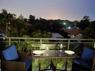 Newcastle Getaway II - 5 Star Luxury - Newcastle vacation rentals