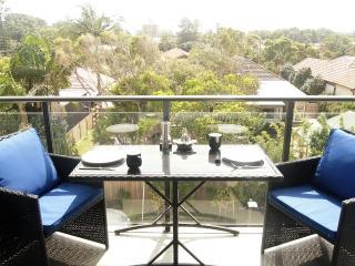 Newcastle Getaway II - 5 Star Luxury - Newcastle vacation rentals
