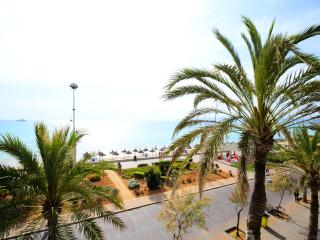 Moon 3 superbly located apartment facing the sea - El Arenal vacation rentals
