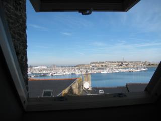 Studio vue mer ,proche commodités et vieille ville - Saint-Malo vacation rentals