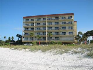 Madeira Beach 2 Bedroom 2 Bath Condo - Madeira Beach vacation rentals
