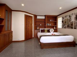 V016-3 Bedroom Kalim Beachfront Villa - Patong vacation rentals