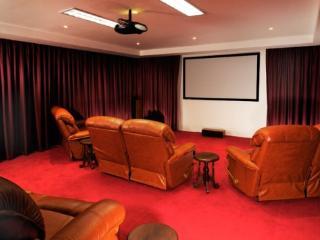 V007-5 Bedroom Villa Patong - Patong vacation rentals